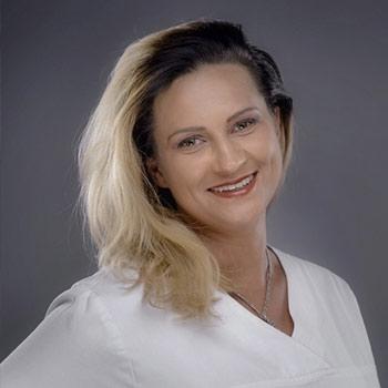 Kamila Mazurek - lekarz dentysta, stomatolog - Elstom Zamość