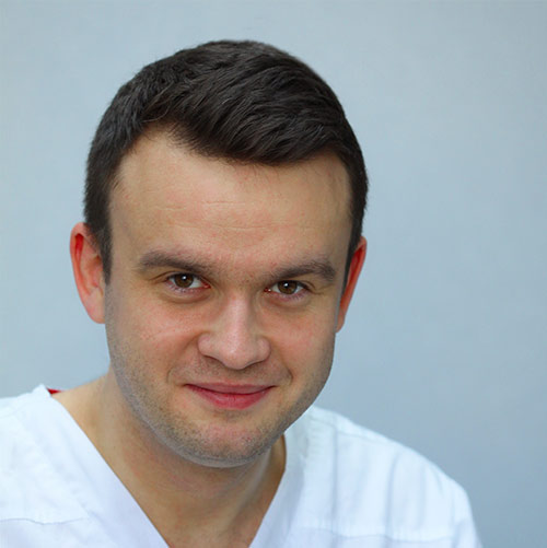 Łukasz Lichota - lekarz dentysta, stomatolog - Elstom Zamość